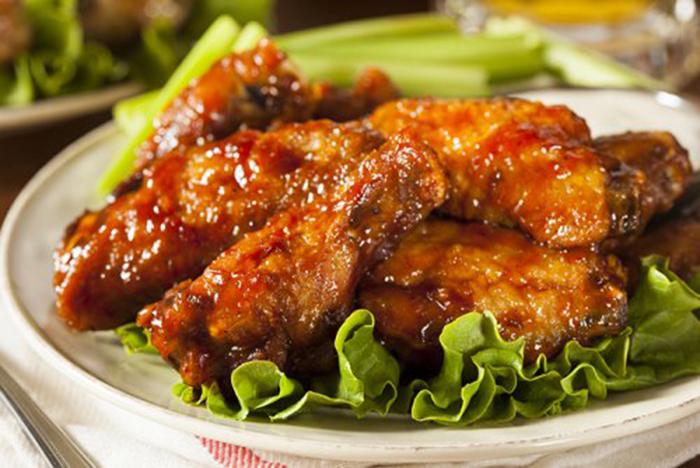 Alitas de Pollo en Salsa BBQ