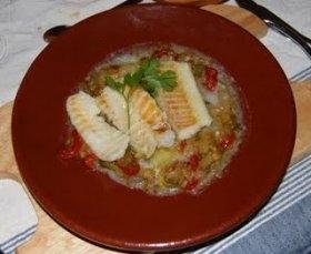 Bacalao con verduras confitadas