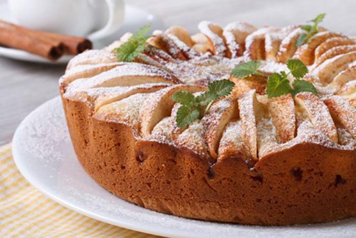 Bizcocho de Manzana Caramelizada y Canela