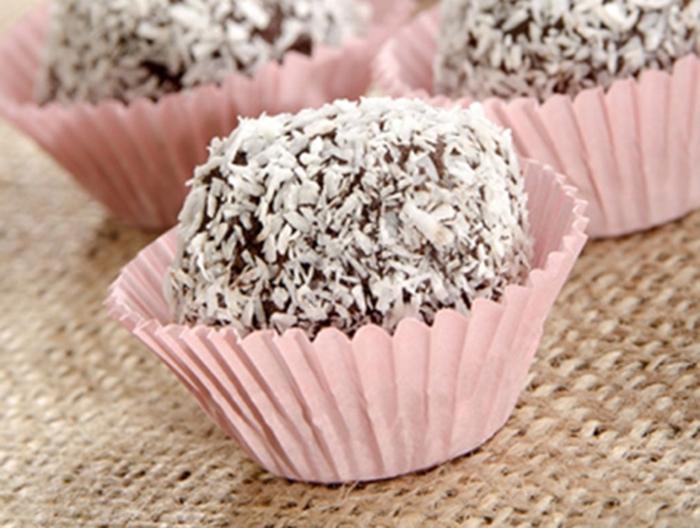 Bombones Caseros de Chocolate y Coco