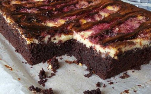 Brownies de cheesecake y frambuesa