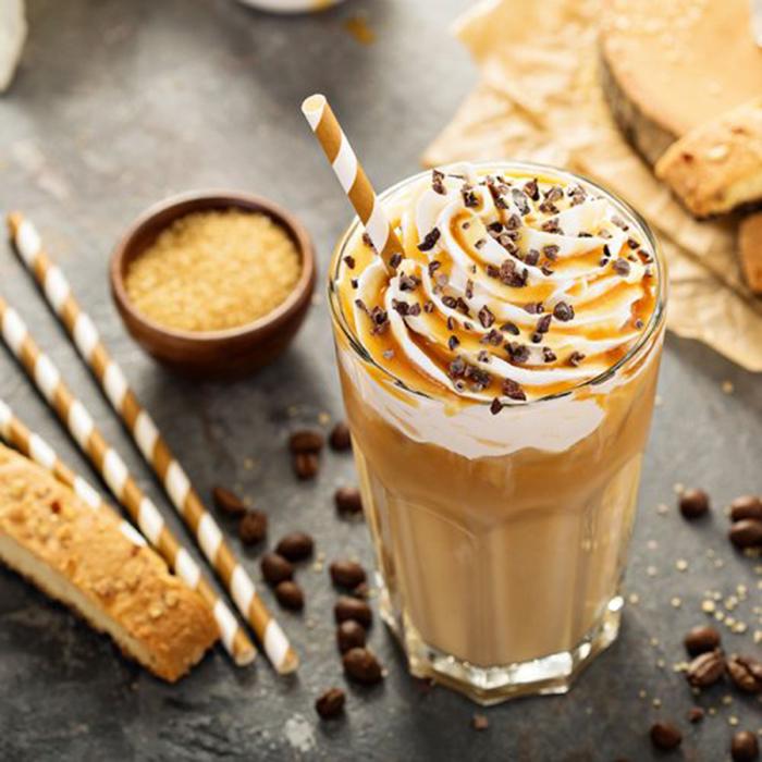Café Helado con Nata y Caramelo