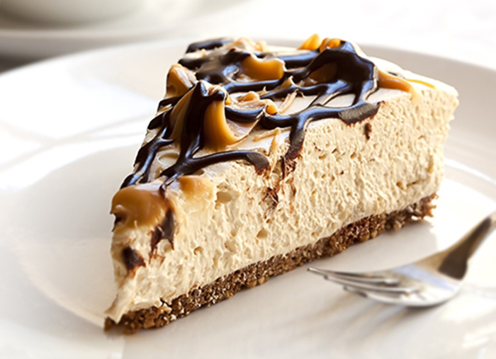 Cheesecake con Chocolate y Caramelo