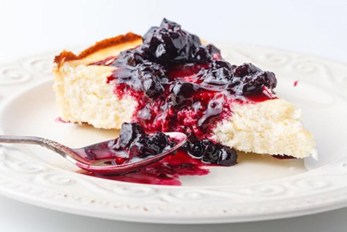 Cheesecake con Mermelada de Moras