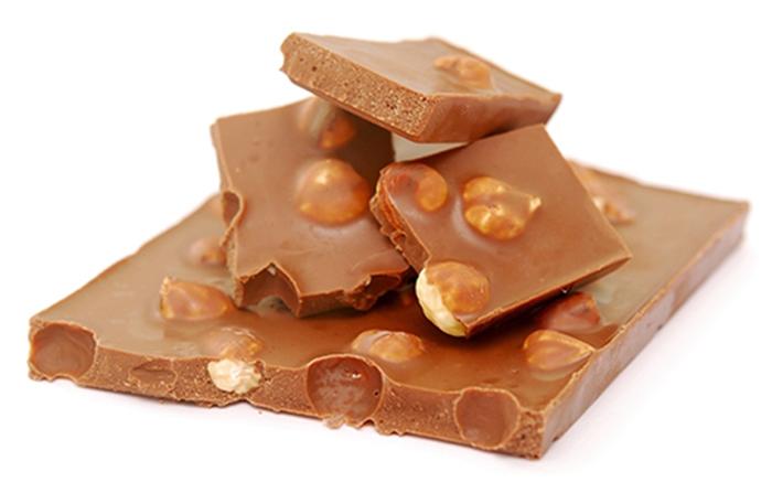 Chocolate con Leche y Avellanas Casero
