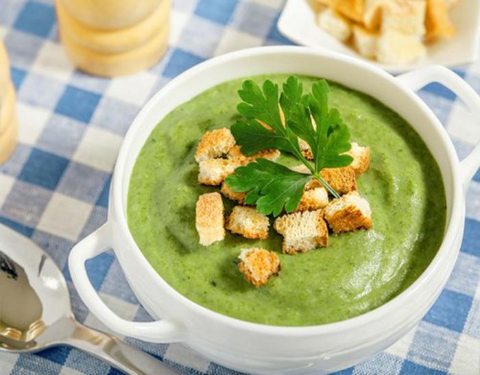 Crema de Brócoli con Picatostes