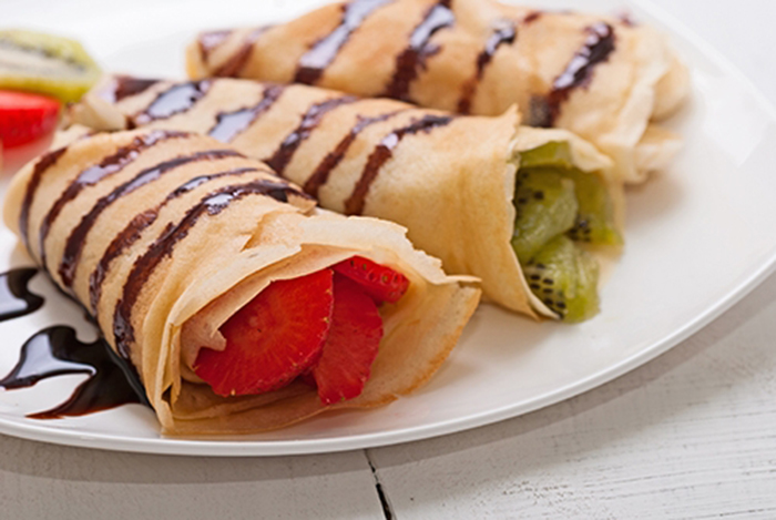 Crepes con Fruta y Chocolate