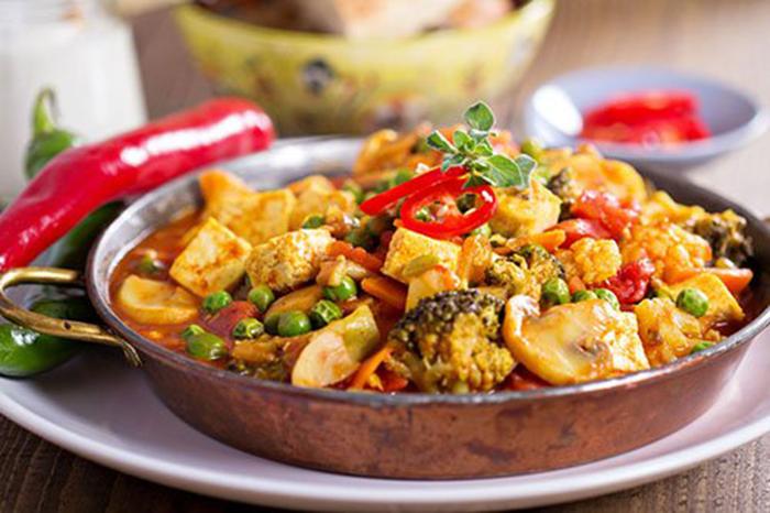 Curry de Tofu, Setas y Verduras