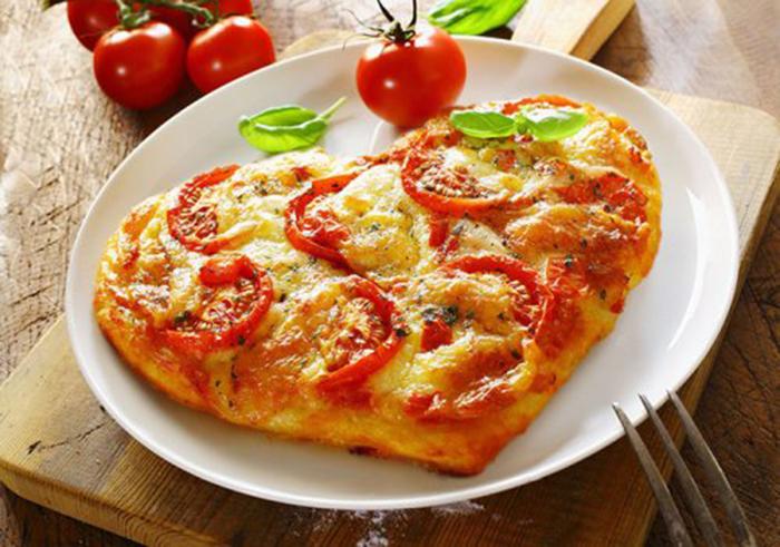 Dar Forma de Corazón a una Pizza