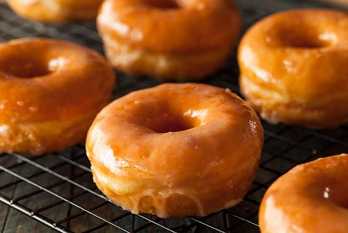 Donuts con Glaseado de Azúcar