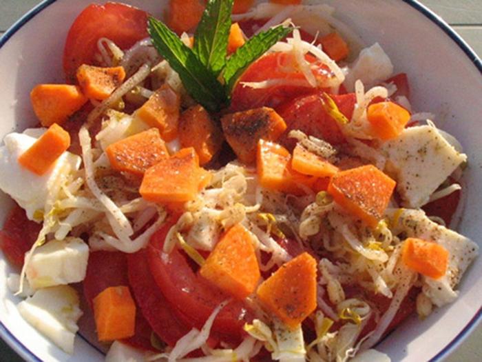 Ensalada Fresca de Tomate y Mozarella.
