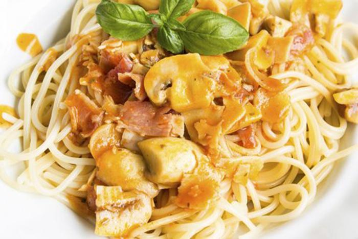 Espaguetis a la Milanesa