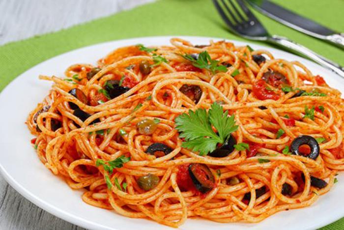 Espaguetis a la Putanesca