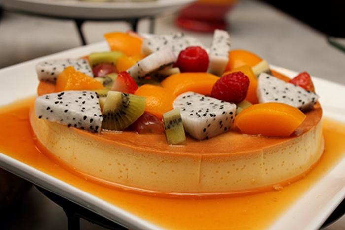 Flan Napolitano con Frutas