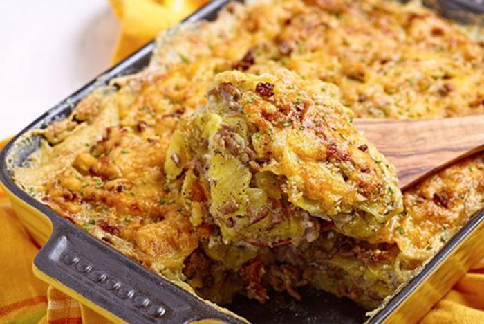 Gratinado de Patatas y Carne Picada