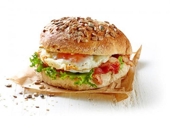 Hamburguesa con Huevo y Bacon