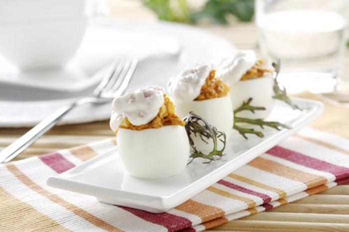 Huevos Rellenos de Philadelphia Jamón y Atún