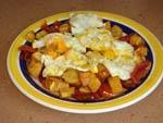 Huevos Rotos con Chorizo y Jamon