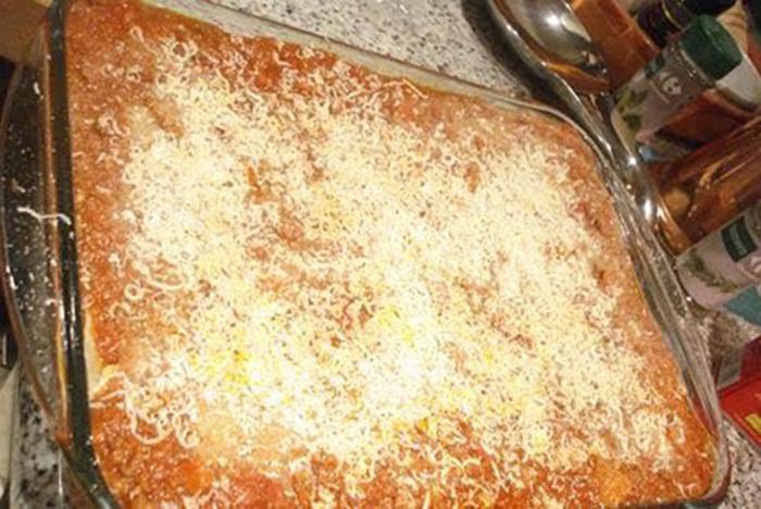 Lasaña boloñesa (Lasagna bolognese, Italia)