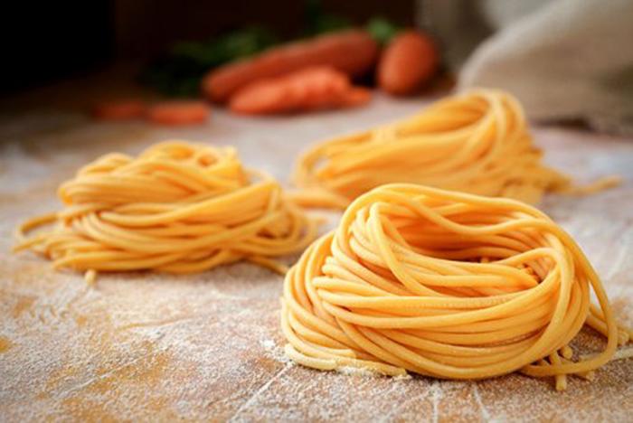 Nidos de Espagueti, Pasta Casera