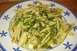 Pasta 'Cortecce' con calabacines, espárragos y langostinos