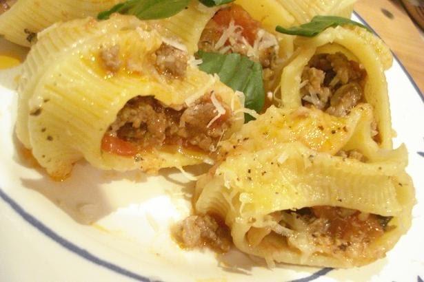 Pasta Lumaconi rellena (Italia)
