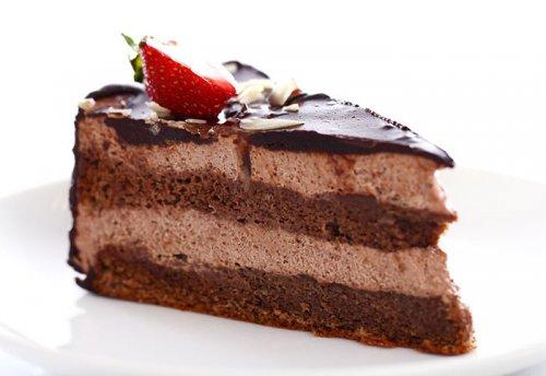 Pastel con Crema de Chocolate