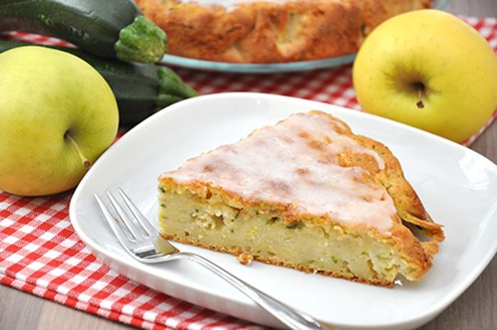 Pastel Dulce de Calabacín y Manzana