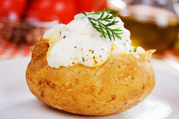 Patata Asada con Sour Cream