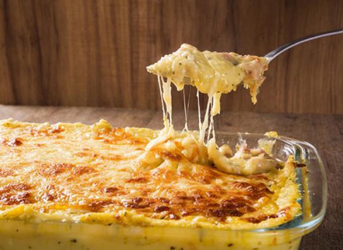 Patatas Gratinadas con Jamón y Queso