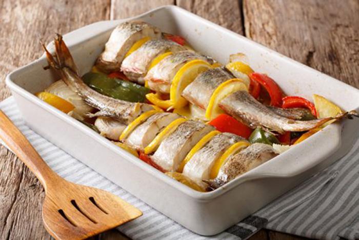 Pescado al Horno con Verduras y Limón