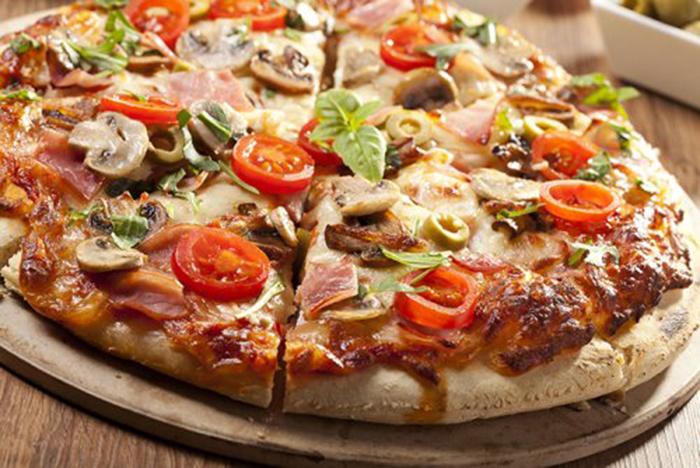 Pizza de Jamón y Setas