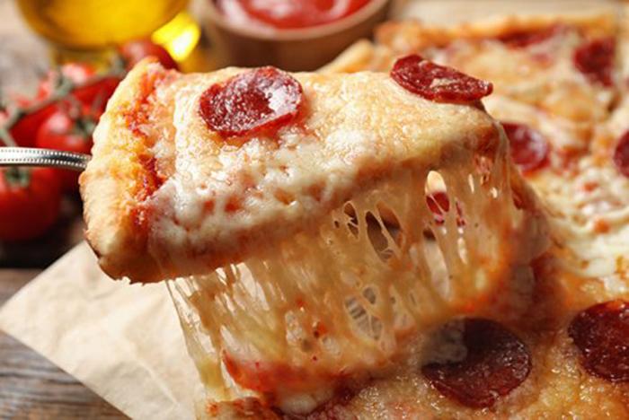 Pizza de Pepperoni Fácil