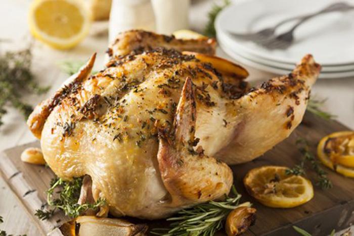 Pollo Asado al Limón con Hierbas Aromáticas