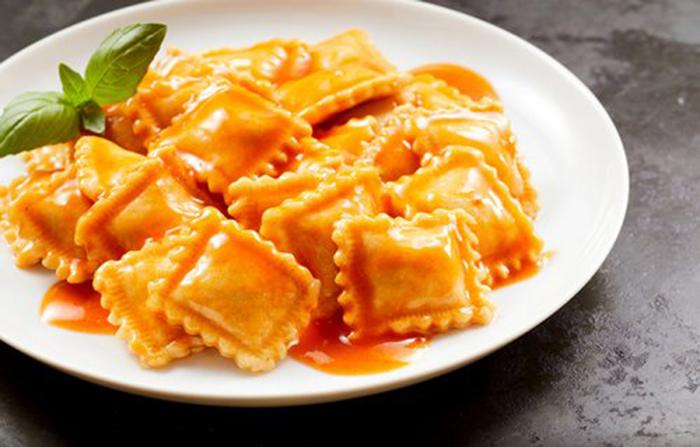 Ravioli con Tomate Casero