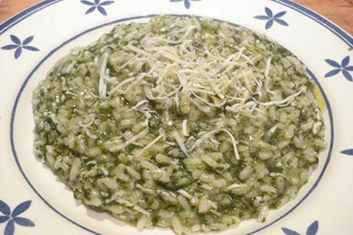 Risotto espinacas y ricotta salada