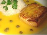 Salmon con Salsa de Maracuya