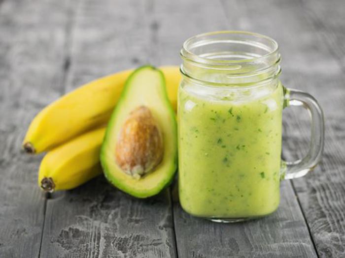 Smoothie de Aguacate y Plátano