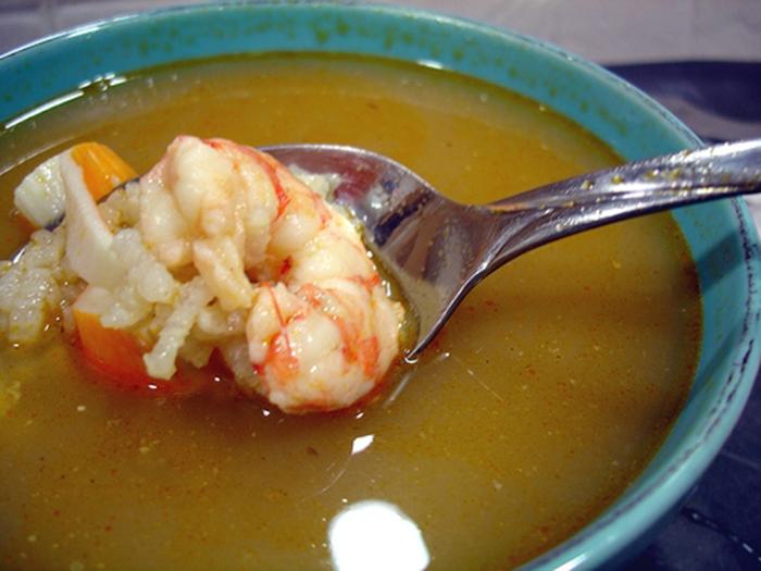 Sopa de Arroz y Marisco