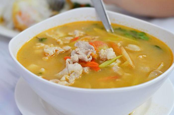Sopa de Pollo y Verduras Picante