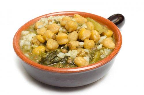 Sopa de Verduras con Arroz y Garbanzos