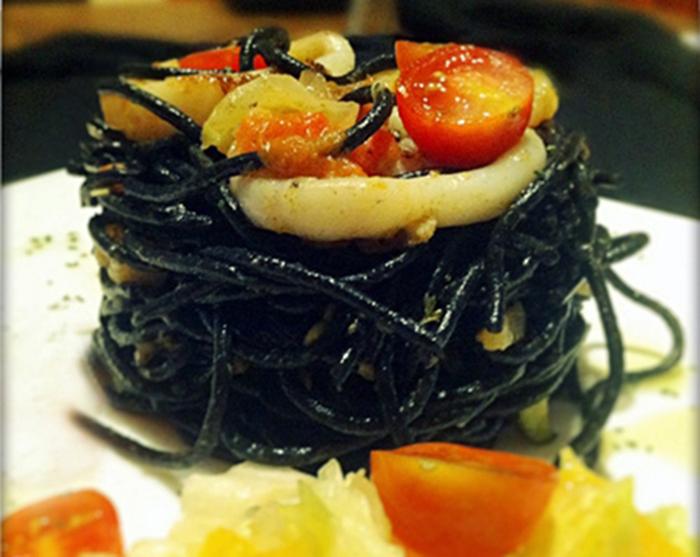 Spaguetti nero di sepia a la naranja