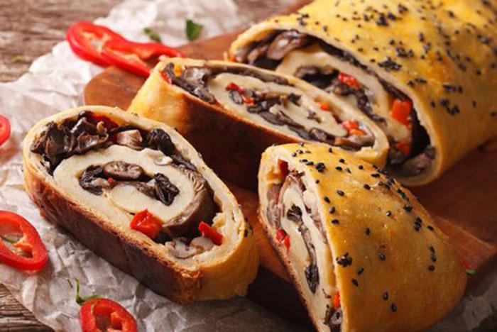 Stromboli de Champiñones y Mozzarella
