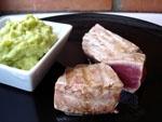 Tacos de Atun al Vinagre de Modena con Guacamole.