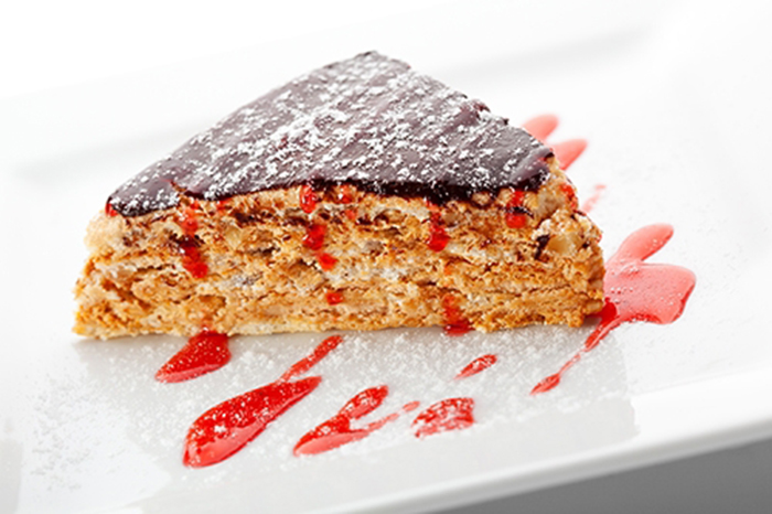 Tarta de Chocolate y Nueces con Mermelada