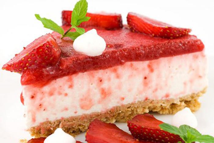 Tarta de Queso con Yogur y Fresas