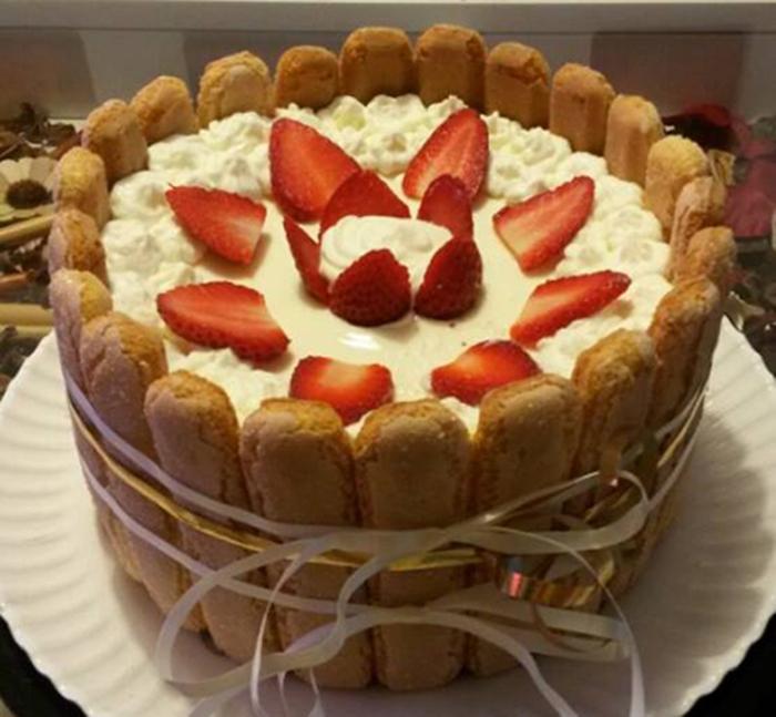 Tarta de Queso Crema y Fresas
