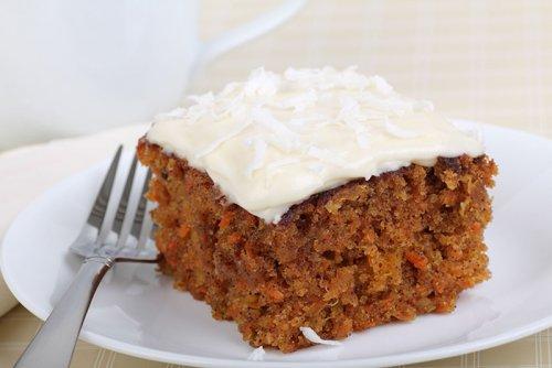 Tarta de Zanahoria con Queso Crema y Coco