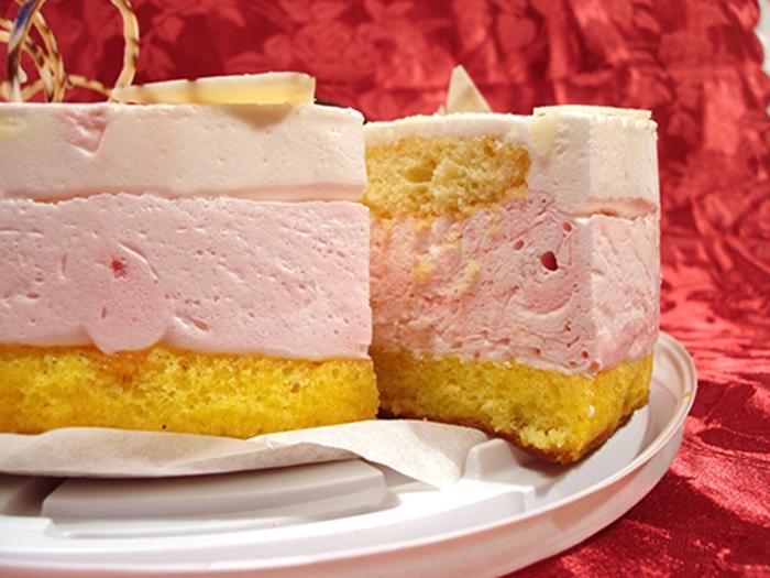 Tarta Mousse de Fresa y Nata