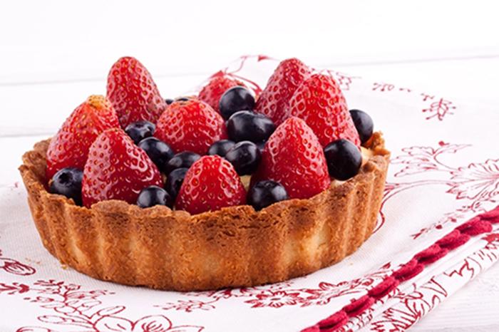 Tartaleta de Fresas y Arándanos